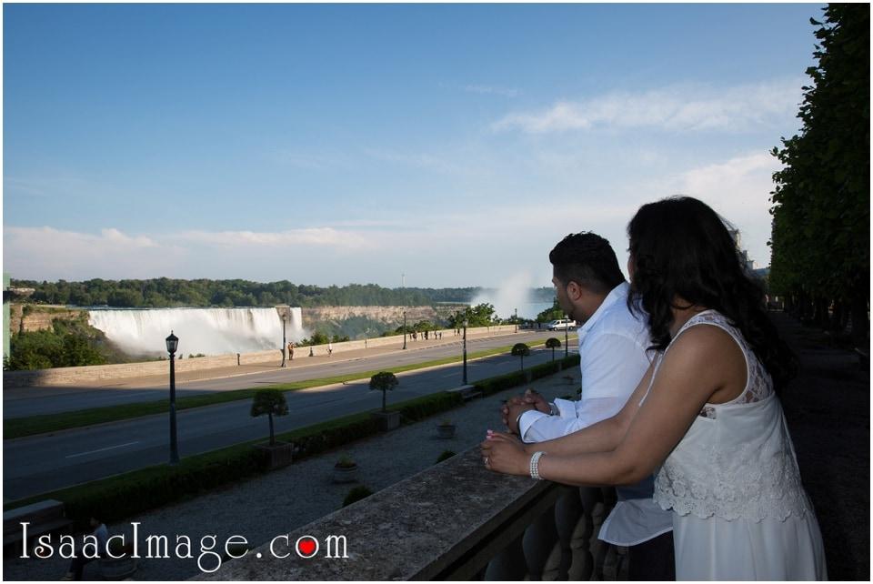 Niagara falls pre wedding Jag & Seifa_3552.jpg