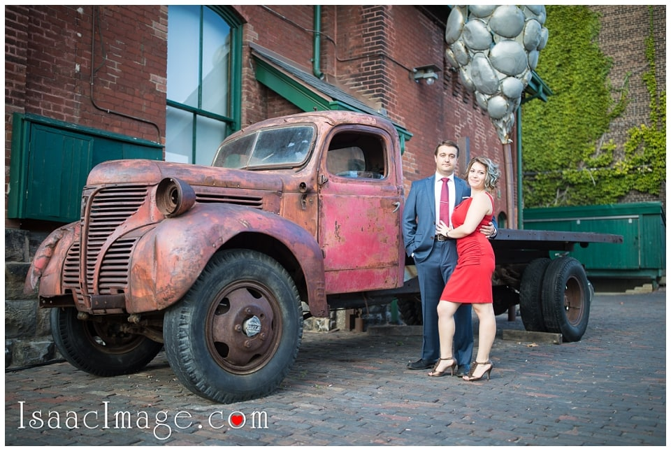 Distillery district Toronto engagement photo session Alexandra and Konstantine_0223.jpg